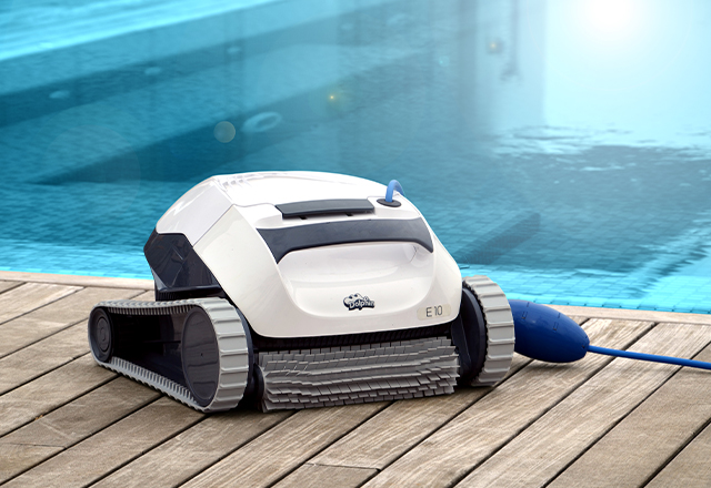 Dolphin E 10 Robotic Pool Cleaner