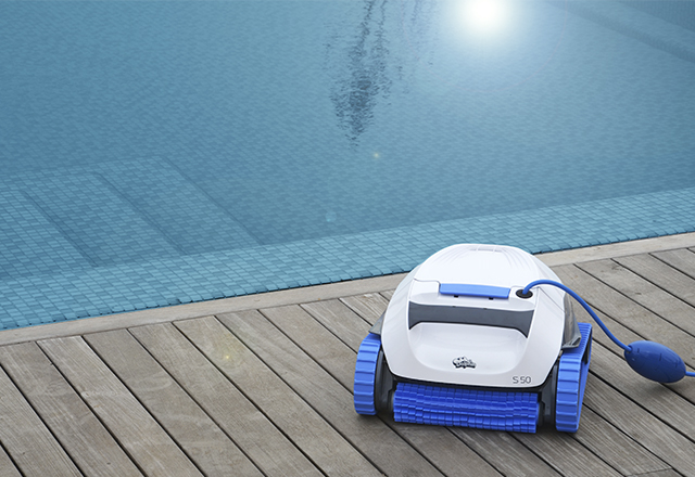 Dolphin S 50 Robotic Pool Cleaner