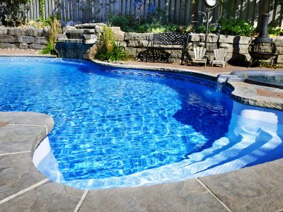 10 Tips for the Best Ways to Clean Your Pool Liner Effectively