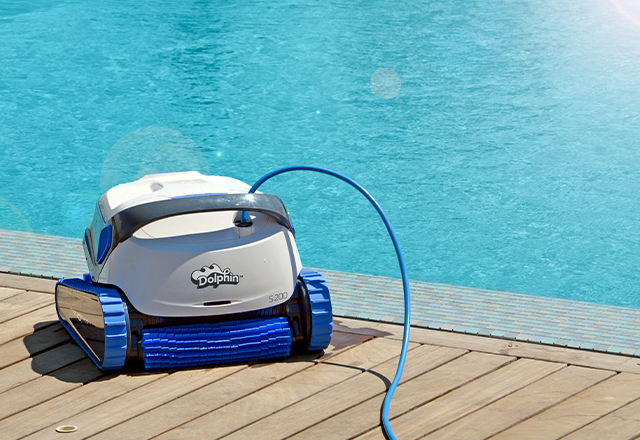 Dolphin S 200 Robotic Pool Cleaner