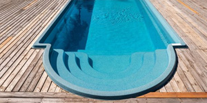 5 Best Pool Cleaners for Fiberglass Pools in 2021
