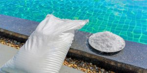 Salt water Pool Maintenance Tips and The Best Cleaners To Use